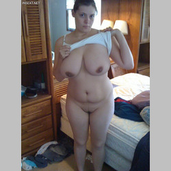 Amateur-Pregnant-BBW-MILF-Big-Natural-Tits-from-InSext