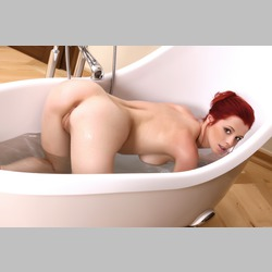 Ariel-Piperfawn-from-MetArt-in-Bathtub-9.jpg