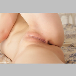 Asian-Yui-Kasugano-in-Bed-from-GirlsDelta-36.jpg