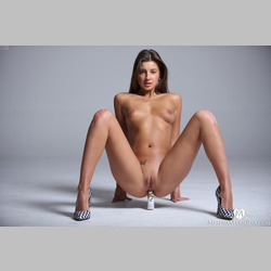 Brunette-Maria-Ryabushkina-Finger-Dildo-in-Ass