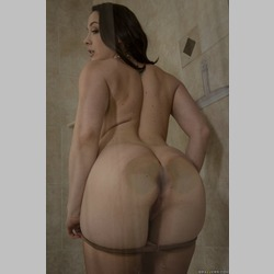 Chanel-Preston-Wearing-Pantyhose-in-Shower-1.jpg
