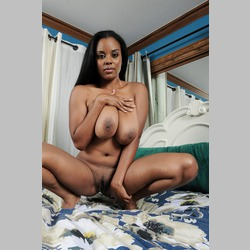 Ebony-Alia-Starr-with-Big-Natural-Tits-on-Bed-4.jpg