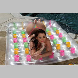 MILF-Sophie-Dee-in-Pool-Wearing-Bikini-9.jpg