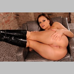 Monica-Sweet-Wearing-Black-Boots-Playing-With-Dildo-9.jpg
