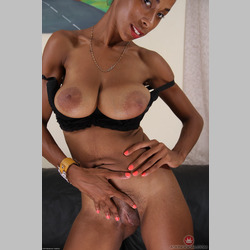 Skinny-Ebony-MILF-Shanice-Black-Bra-from-ATKingdom-18.jpg